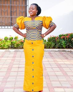 latest aso ebi lace styles Latest Lace Aso Ebi Styles 2019 Catalogue For Ladies African Dresses For Kids, African Maxi Dresses, African Fashion Ankara, Latest African Fashion Dresses, African Print Fashion, Africa Fashion, African Attire, African Wear, African Outfits