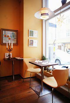 Ravintola Kolo - a tiny place with a seasonal menu that changes weekly. In Punavuori.    http://www.ravintolakolo.fi/Kolo.html