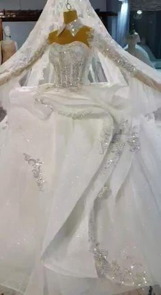 Affordable Wedding Dresses, White Wedding Dresses, Wedding Gowns, White Princess Dress, Princess Dresses, Luxury Wedding, Dream Wedding, White Ball Gowns, Wedding Dress Train