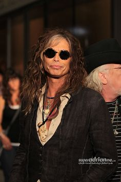 Steve Tyler and the rest of Aerosmith were in Singapore for the Social Star Awards 2013