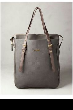 24240b2e6a27 At PULL BEAR we have bags for Autumn 17 for the alternative woman. Handbags