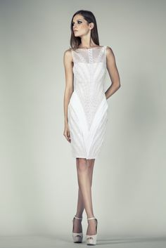 Tony Ward RTW SS14 I Style 36 I Off White cocktail dress made of Crepe, covered with Vermicelli embroideries in V-Shape, Silk threads and crystal beads