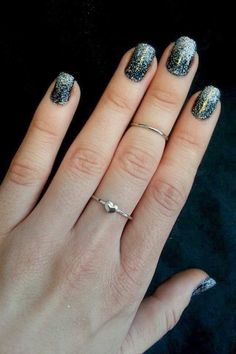 DIY Loose Glitter Ombre Nails