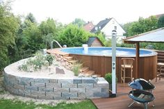 schwimmbad-to … - Piscina Oberirdische Pools, Swimming Pools, Above Ground Pool, In Ground Pools, Small Indoor Pool, Palette Deco, Pool Images, Stock Tank Pool, Pool Maintenance