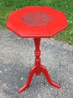 Andrea Guerriero - DRE DESIGNS www.dredesigns.ca facebook.com/dredesigns.ca This is a beautiful small accent table painted in Annie Sloan Decorative Chalk Paint, Emperor's Silk with a stencil from Royal Design Studio Stencils/Modello Designs and a metallic accent on the stencil in Rennaissance Red. It is finished in Miss Mustard Seed Furniture and Antiquing waxes