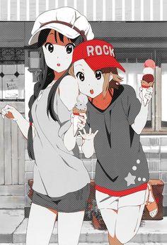 Mio and Ruka. Ice cream moment !
