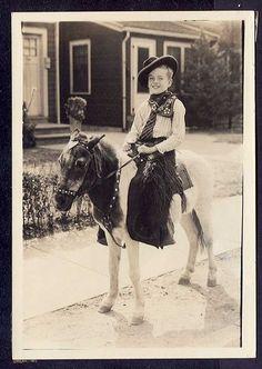 Little boy riding pony Vintage Children Photos, Vintage Pictures, Vintage Western Wear, Hee Haw, Mini Pony, Stick Horses, Farm Kids, Christmas Stars, Little Cowboy