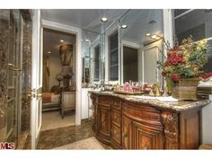 Laurel Way, Beverly Hills, CA 90210 - RealtyTrac