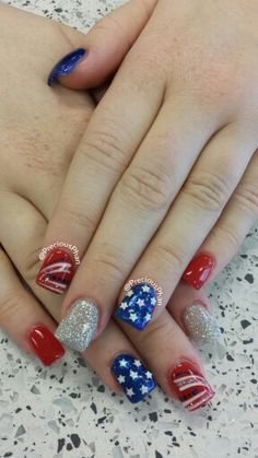 Stars, doodle, 4th of july nails