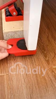 Cleaning Wood, Cleaning Hacks, Techno Gadgets, Bra Hacks, Cool Gadgets To Buy, Home Gadgets, Furniture Movers, Home Hacks, Cool Tools