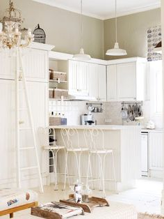 #white and #shabby