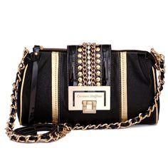 Elegant! Carmen Steffens. I want!!!