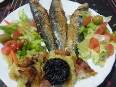 Sardines a la sal amb trinxat i amanida