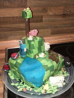 Das war der erste Motiv Kuchen denn ich je gemacht habe und ich muss sagen er ist mir sehr gut gelungen Cake, Desserts, Food, Mine Craft Cake, Tailgate Desserts, Deserts, Kuchen, Essen, Postres
