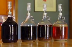 Small batch beer brewing. Learn how to brew beer 1 gallon (5 liters) at a time. A true revolution that makes homebrewing easier, more fun and more rewarding