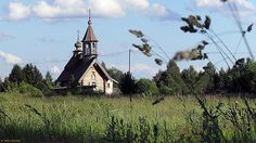 Traditional wooden church architecture has its origins in the very depths of the Russian land and culture, finding roots with early Vikings came to Russia.