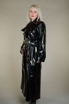 We are suppliers of made to order rubber rain coats, rubberised mackintoshes and specialists in latex and rubber clothing. Our macs are traditionally made. Vinyl Raincoat, Pvc Raincoat, Imper Pvc, Mode Latex, Military Style Coats, Vinyl Clothing, Long Leather Coat, Latex Fashion, Steampunk Fashion