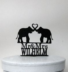 This Custom Elephant Wedding Cake topper comes with  Personalized Mr & Mrs name Please send me a note about your name when you place an order.  It's