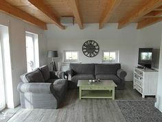 ******Haus NordseeStar****** in Neßmersiel: 3 Schlafzimmer, für bis zu 7 Personen. traumhaftes Ferienhaus an der Nordsee| neu erbaut | Kamin | Strandkorb | Lounge | FeWo-direkt