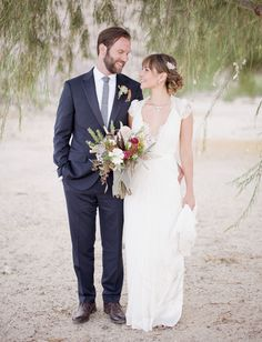 Inspired by the sun-bleached colors and palette of the desert, Briana, a Hollywood costume designer, used her artistic eye to design her + her hubby Jason's gorgeously unique Palm Springs wedding. Working with the talented gals at Hello Gem!, the styling of the setting really reflected the couple's midwestern roots, Briana's upbringing on her family farm, […]