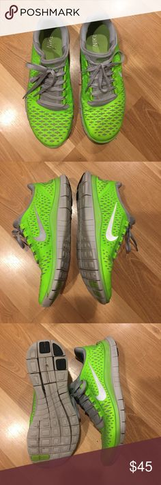 Nike 3.0 V5 running shoes size 9 The Nike Free 3.0 V5 Running Shoe is designed for runners seeking the most flexible and natural ride,with an ultra-low,ultra-flexible midsole that offers the benefits of natural motion in a minimalist design.It has minimal no-sew overlays for lightweight support and comfort.Diagonal cuts through the arch is to encourage natural motion flexibility and help increase foot strength.Minimalistic, moulded sockliner mimics the foot's curvature gives a great…