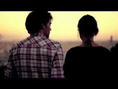 Friendly Fires  (Aeroplane Remix) ft. Au Revoir Simone - Paris.FLV