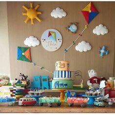 Boy First Birthday, First Birthday Parties, First Birthdays, Balloon Birthday Themes, Kite Party, Kites Craft, Simple Birthday Decorations, Felt Crafts Diy, Baby Party