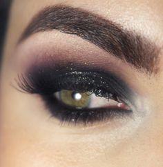 Tutorial – olho preto esfumado com glitter e roxo - Pausa para feminices