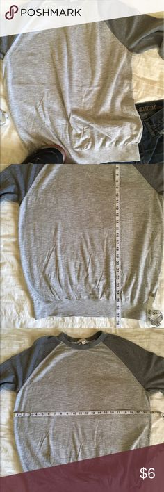 Men's Lightweight Raglan Sweater by the Gap Grey Men's Lightweight Sweater by the Gap.  Pre-owned in excellent condition.  No rips, snags, or tears.  Smoke and pet free home. GAP Sweaters Crewneck