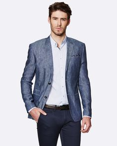 Smart-casual is the most misunderstood dress code. Somewhat of an oxymoron, smart-casual renders most men clueless on what to wear. In order to understand what constitutes as smart casual, we need . Smart Casual Dress For Men, Smart Dress, Men Casual, Smart Hairstyles, Casual Hairstyles, Herren Outfit, Classy Men, Character Outfits, Dress Codes