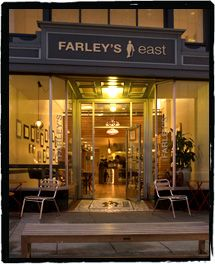 Farley's East on Grand Ave #oakland has free storytime throughout the #summer #99Days