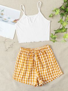 Cute Casual Outfits, New Outfits, Summer Outfits, Fashion Outfits, Gingham Shorts, Denim Shorts, Cute Sleepwear, Ootd, Aesthetic Clothes