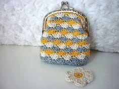 Crochet Shell Stitch Purse Pattern