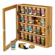 Foodies will love tasting the 24 unique flavors that come with this bamboo salt chest.