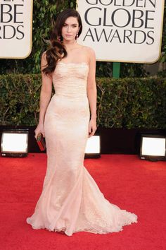 Megan Fox in tight and lacy Dolce & Gabbana, Golden Globes 2013
