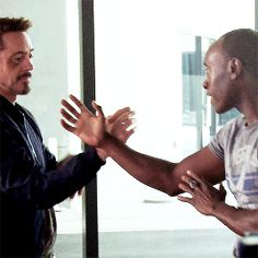 are you tony stank? Robert Downey Jr Gif, Robert Downey Jr Young, Marvel Memes, Marvel Dc, Dr Cullen, Familia Stark, All Marvel Characters, Marvel Tony Stark, Best Avenger