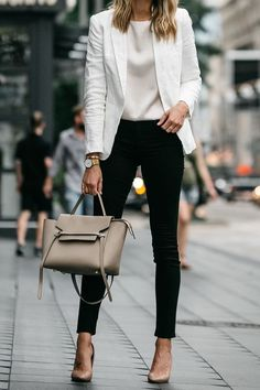 Check latest office & work outfits ideas for women, office outfits women young p. - - Check latest office & work outfits ideas for women, office outfits women young professional business casual & office wear women work outfits business . Classy Business Outfits, Business Outfit Frau, Trajes Business Casual, Casual Work Outfits, Mode Outfits, Work Casual, Stylish Outfits, Women's Casual, Business Formal Women