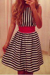 Stylish Scoop Neck Striped Backless Sleeveless Dress For Women Moda Femenina, Fashionistas, Arquitectura, Vestidos Baratos, Vestidos Elegantes, Ropa Para Mujeres, Moda Minimalista, Estilo Minimalista, Vestido De Rayas