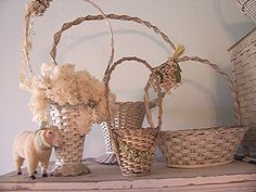 I just found a basket like the one on the right in my attic...now I know what to do with it!!!