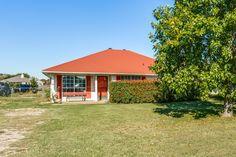 612 Lamp Post Ln., Oak Point, TX, 75068 | Shoot2Sell