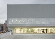 Stadtteilzentrum in Vitoria-Gasteiz / Verdichtete Mitte - Architektur und Architekten - News / Meldungen / Nachrichten - BauNetz.de