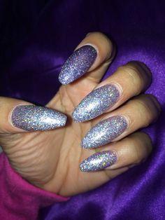 Coffin nails. Glitter nails. Long nails. Acrylic nails. Nail art.