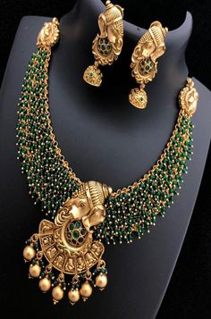 Buy online Golden Goddess Necklace Set With Earrings Online.Shop more Handloom Necklace Set With Earrings at Luxurionworld. Jewelry Design Earrings, Gold Jewellery Design, Necklace Designs, Gold Jewelry, Antique Jewellery, Diamond Jewellery, Ring Earrings, Jewelery, Bridal Necklace Set