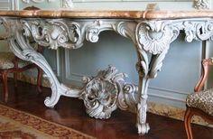 Console Nicolas Heurtaut Paris vers 1758 Versailles
