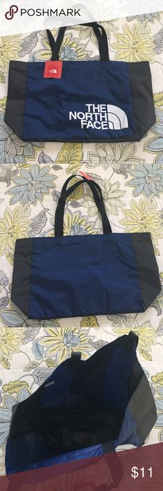 NWT The North Face Medium Loop Tote RTO NWT The North Face medium loop tote RTO.  It has no tears, piling, stains or snags.    ✅ Bundle & Save ✅ Open to offers 🚫 No lowball offers 🚫 No trades The North Face Bags Totes