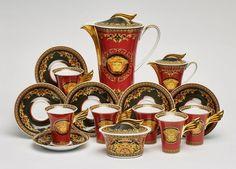 """Rosenthal-Kaffeeservice """"Versace"""" für6 Pers., Entwurf Paul Wunderlich, Form """"Ikarus"""", Dekor """"Medusa — Porzellan"""