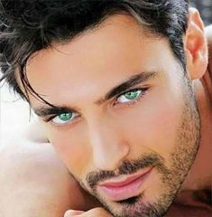 Those are the most beautiful green eyes i have ever seen sexy men en 2019 g Beautiful Green Eyes, Beautiful Men Faces, Stunning Eyes, Pretty Eyes, Cool Eyes, Male Eyes, Male Face, Photo Oeil, Guys With Green Eyes