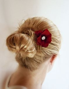 hair accessory They make something so simple so chic