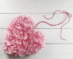 Tissue Paper Puffy Heart Valentine's Window Decoration - DIY Papercraf – Smile Mercantile Craft Co Tissue Paper Crafts, Tissue Paper Flowers, Diy Flowers, Valentine Decorations, Valentine Crafts, Fete Halloween, Heart Crafts, Paper Hearts, Diy And Crafts