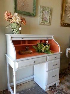 Small roll top desk Desk Redo, Desk Makeover, Furniture Makeover, Diy Desk, Furniture Projects, Furniture Making, Home Furniture, Refurbished Furniture, Repurposed Furniture